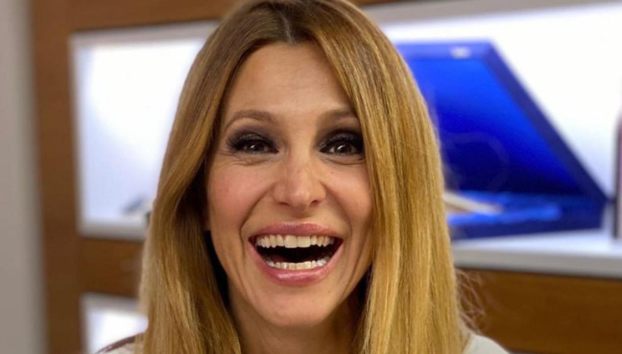Adriana Volpe - Altranotizia