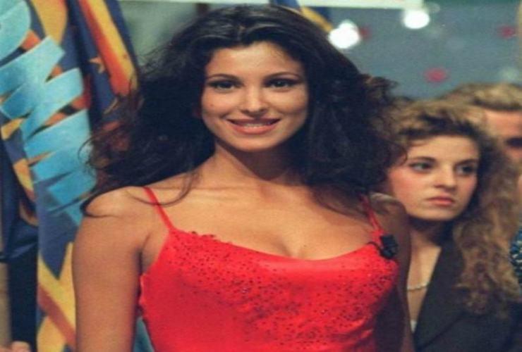 Adriana Volpe con il 'vecchio look' - Altranotizia