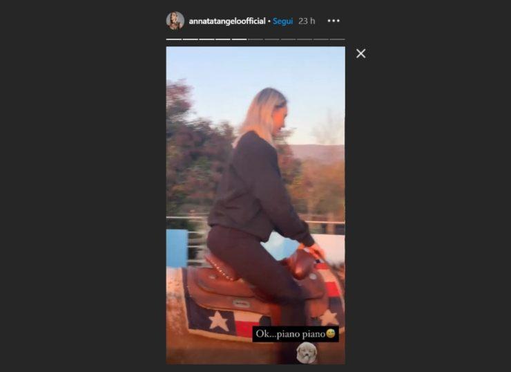 Anna Tatangelo mood da cavallerizza | Prova estrema per la cantante