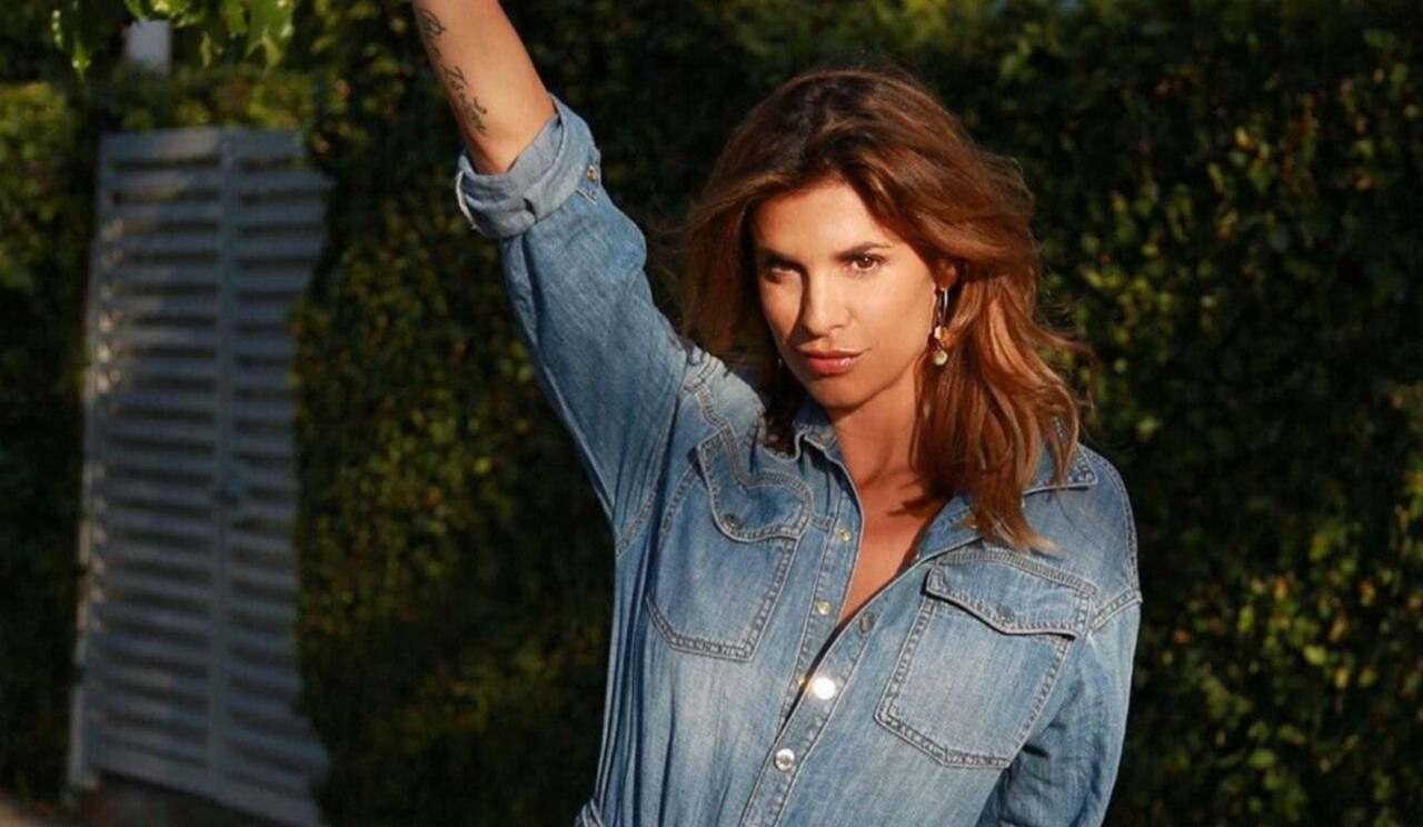 Elisabetta Canalis sexy cowgirl - AltraNotizia