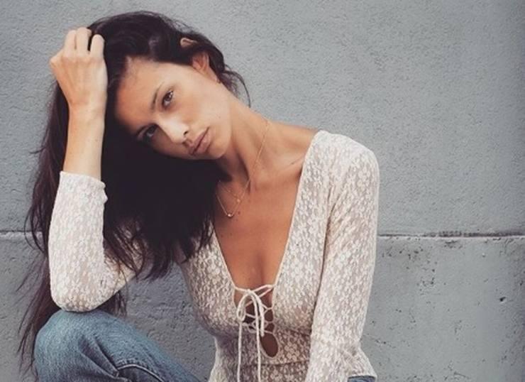 Marica Pellegrinelli senza maglietta - AltraNotizia