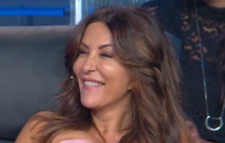 """Sabrina Ferilli, """"Mi vergognavo"""": retroscena inedito, chi l'avrebbe mai detto!"""
