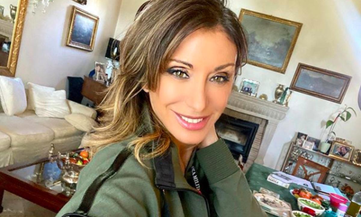 Sabrina Salerno da scandalo - AltraNotizia
