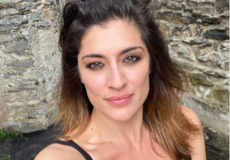 Elisa Isoardi |  sapete quanto guadagna? Non ve lo aspettereste mai