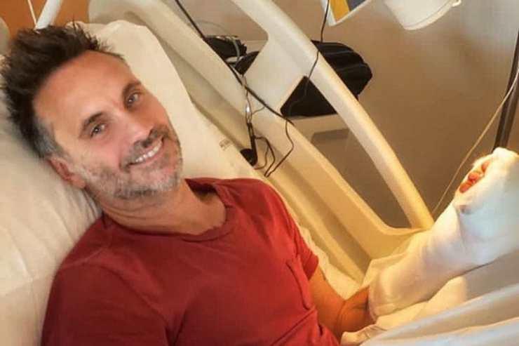 Nek ricoverato in ospedale: fan preoccupati, il messaggio social