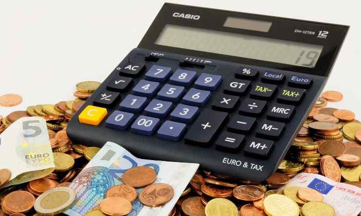Calcolatrice per risparmiare (Fonte: Pixabay)