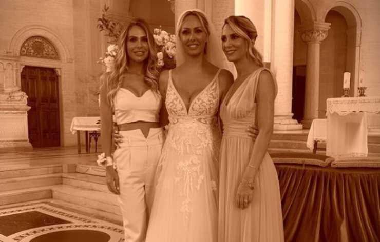 Ilary Blasi sorelle
