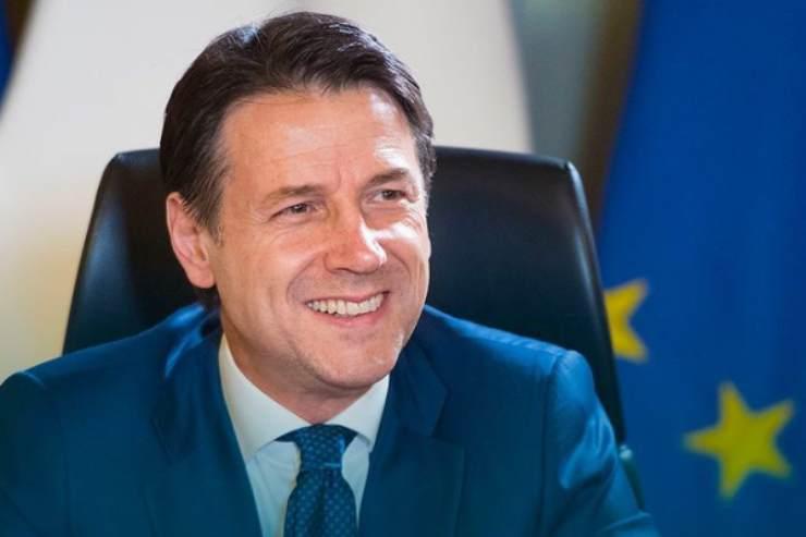 Giuseppe Conte spiega il nuovo DPCM