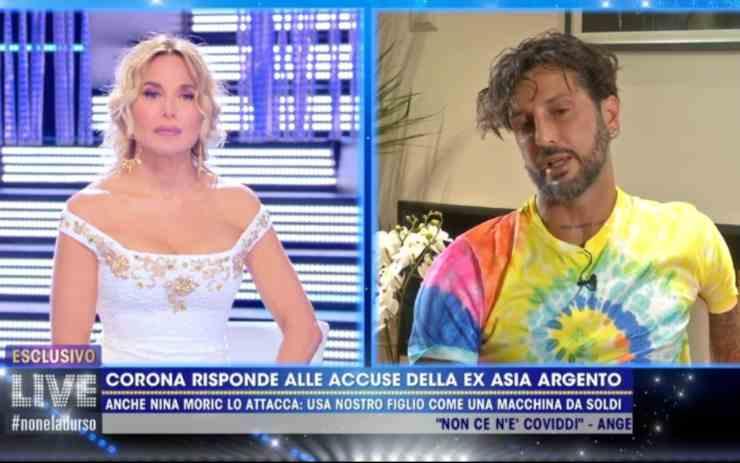 Fabrizio Corona D'Urso ospitata