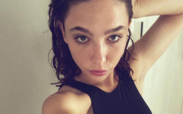 """Chi è Matilda De Angelis: età, carriera, Instagram e quel """"senso di colpa lacerante"""""""