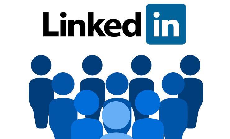 LinkedIn Stories trovare lavoro