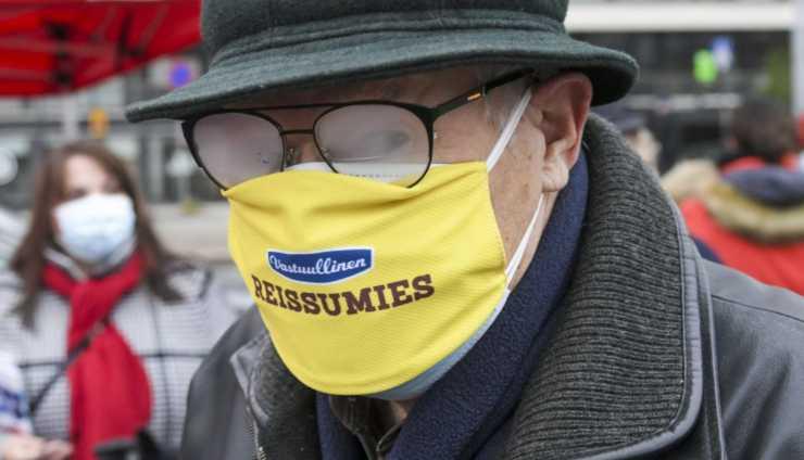 Sapete come non fare appannare gli occhiali con la mascherina? Ecco il trucco infallibile!