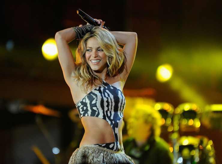 Shakira anni