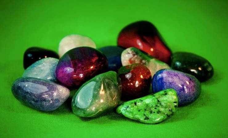 rullo di giada pietre