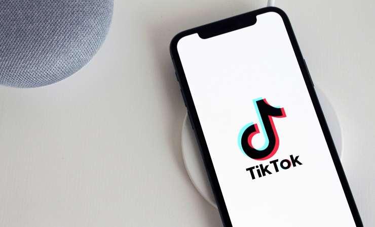 Instagram TikTok