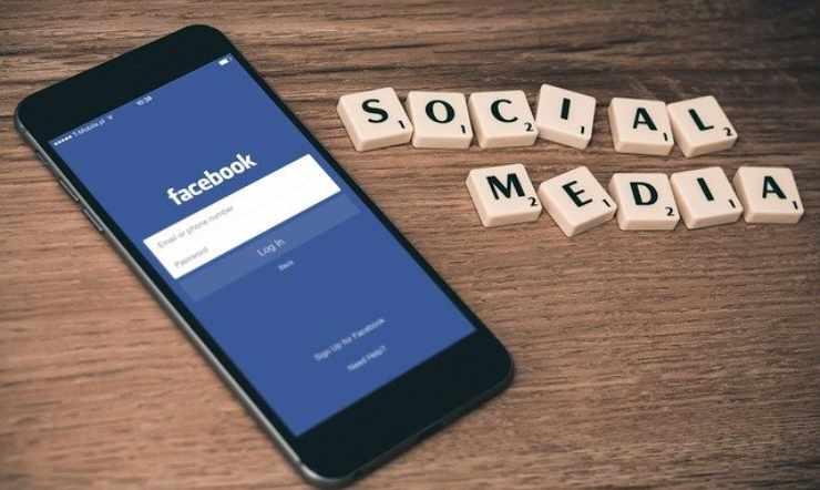 Facebook condividere