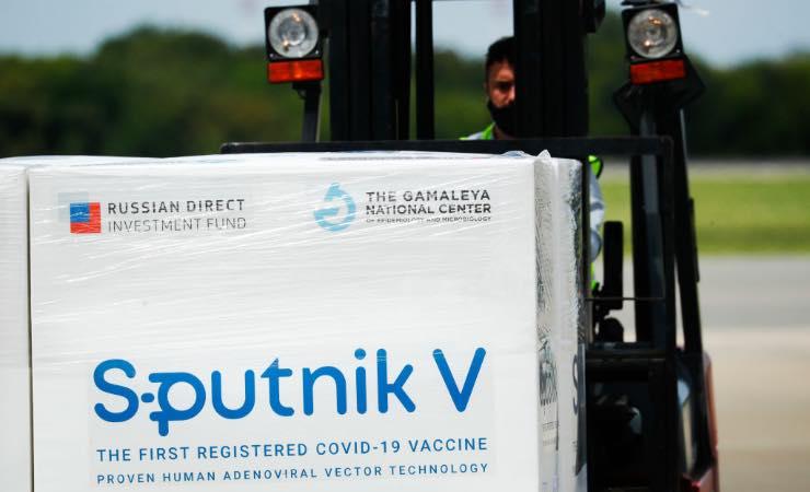 Vaccino Sputnik stop