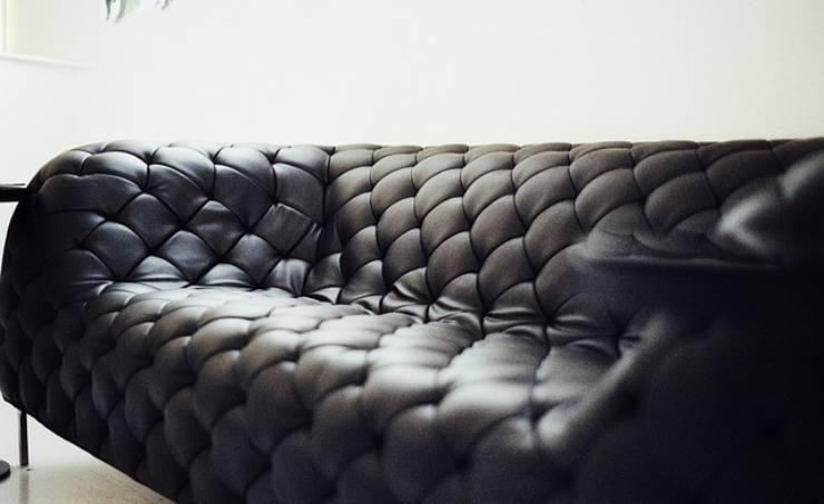 pulire divano pelle