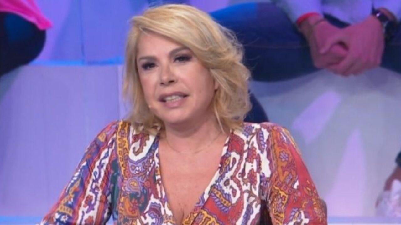 Anna Pettinelli, lei è bellissima ma la figlia è stupenda: l'avete mai vista?