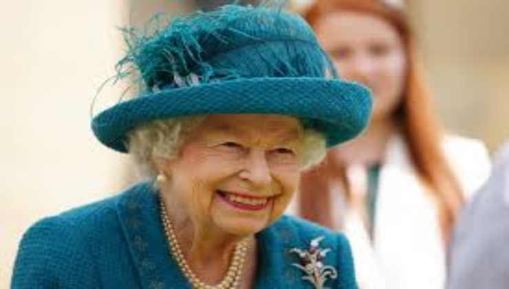 regina-elisabetta-cibo-altranotizia