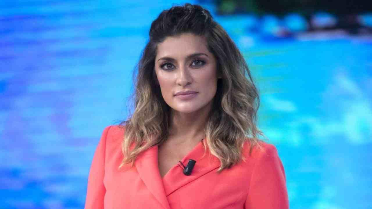 Elisa Isoardi dice addio alla tv AltraNotizia
