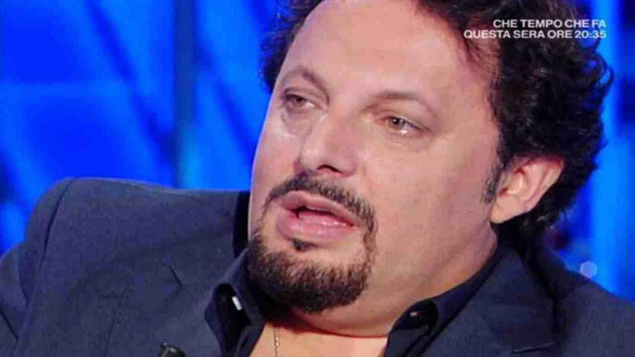 Enrico Brignano grave perdita AltraNotizia