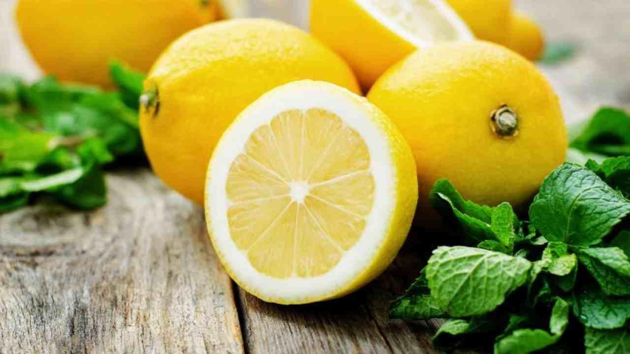 Limone mangiarlo intero fa bene AltraNotizia