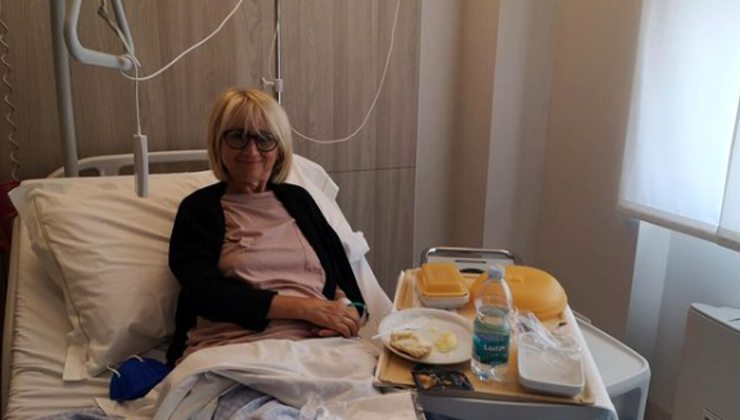 Luciana Littizzetto-dopo l'infortunio-AltraNotizia