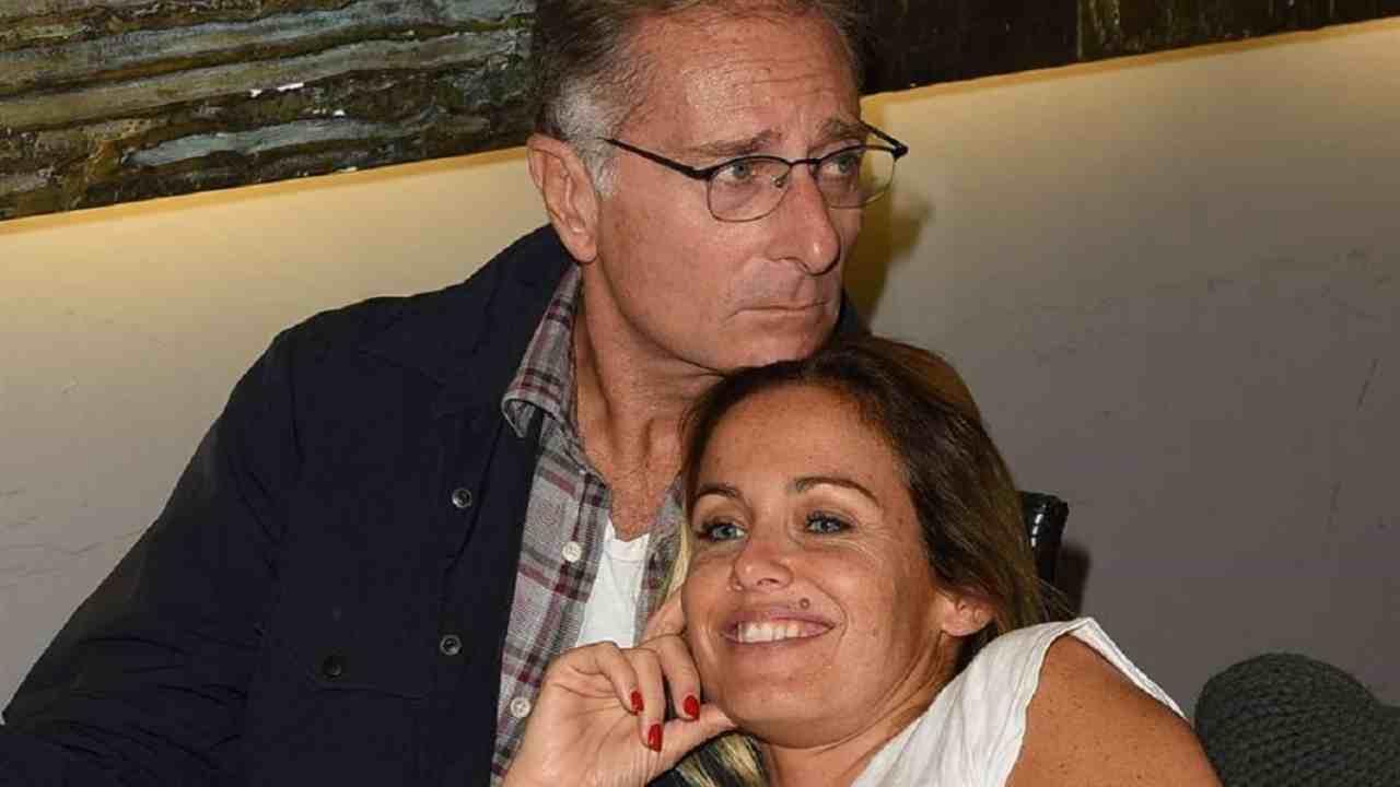 Paolo Bonolis come ha conosciuto la moglie AltraNotizia