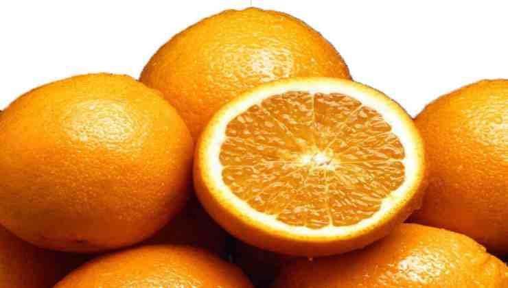 Arancia frutto non esiste in natura AltraNotizia