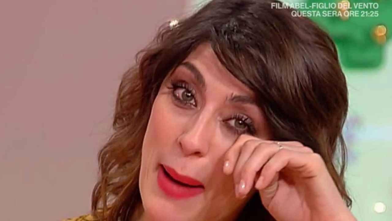 Elisa-Isoardi-triste-Altranotizia
