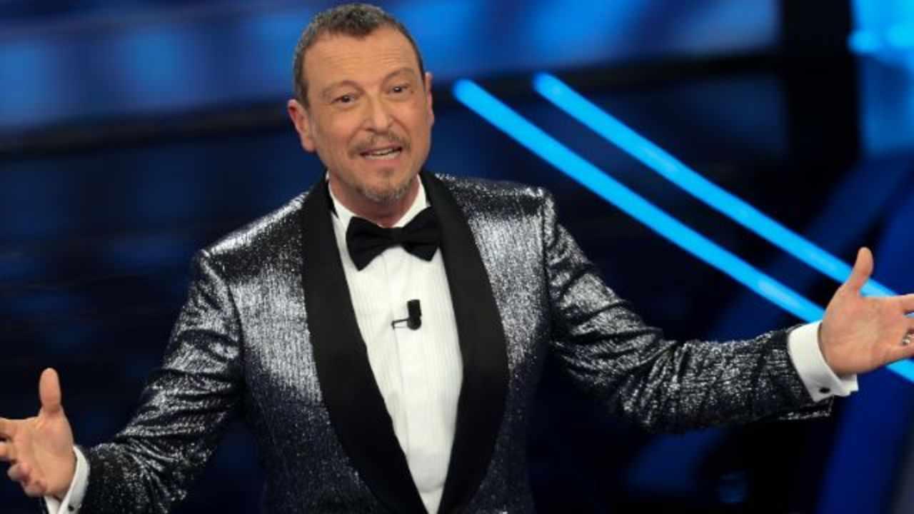Amadeus condurrà un'edizione stravolta: scordatevi di Sanremo così come lo ricordate