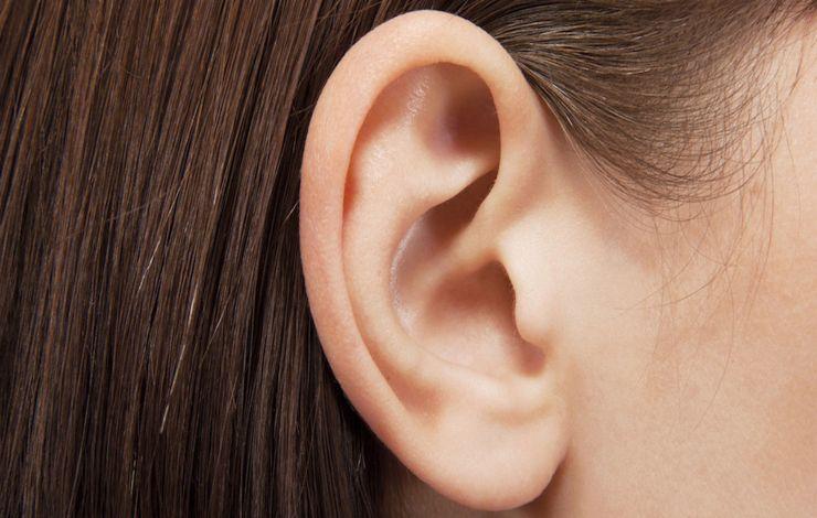 Pulizia-orecchio-Altranotizia