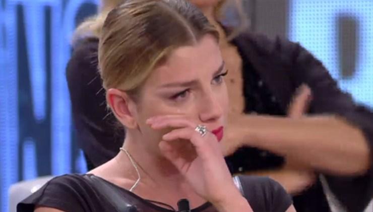 Emma-Marrone-piange-Altranotizia